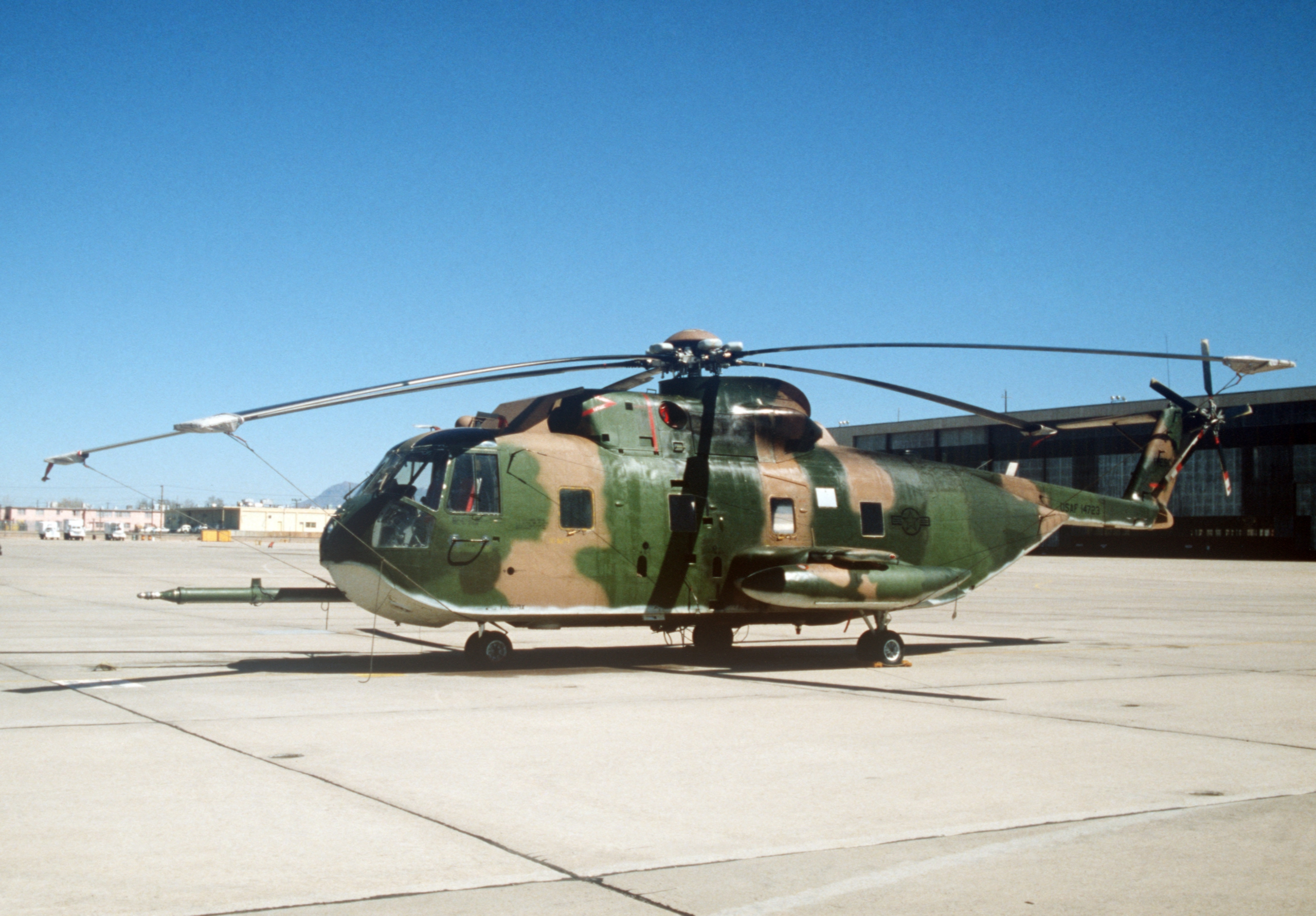 sikorsky hh3 helicopter with File Hh 3e At Kirtland Afb 1980 on Jolly Green Giant in addition modity Jurisdiction For Mi 17 Helicopter also Detail besides Id photos ch3jollygreengiant also Hh3e.