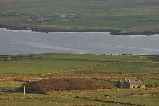 File:Halligarth from Nikka Vord - geograph.org.uk - 1275504.jpg