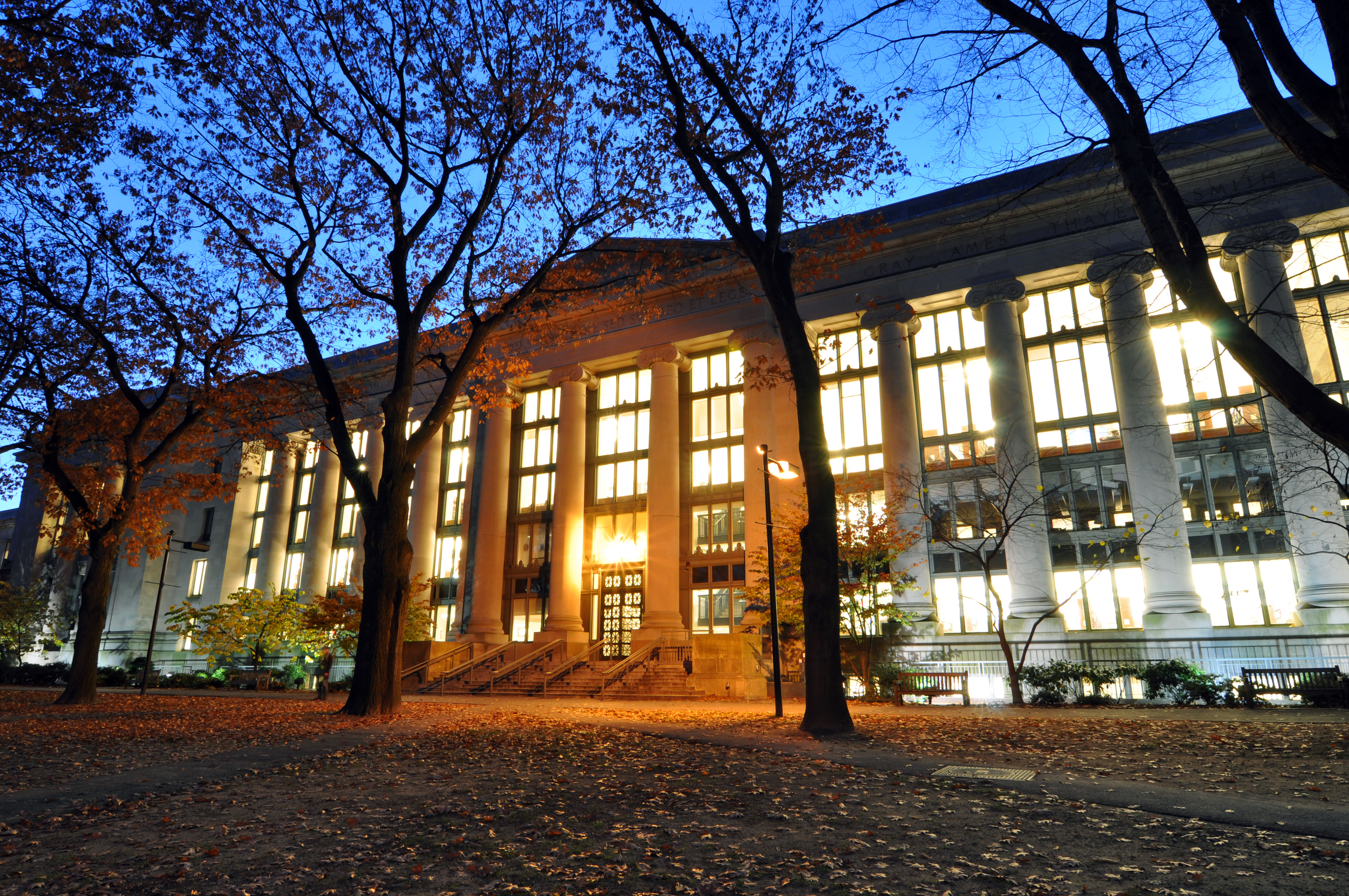 Harvard Law Library Reading Room