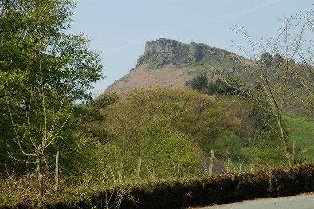 Hen Cloud from Upper Hulme - geograph.org.uk - 709156
