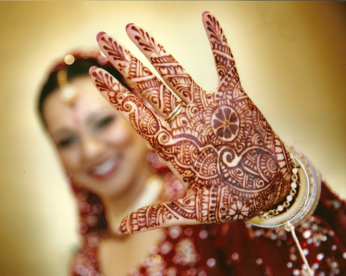 Dress up tips for mehndi ceremony