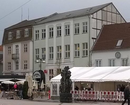 File:Hotel Axelhus, Næstved.jpg - Wikipedia
