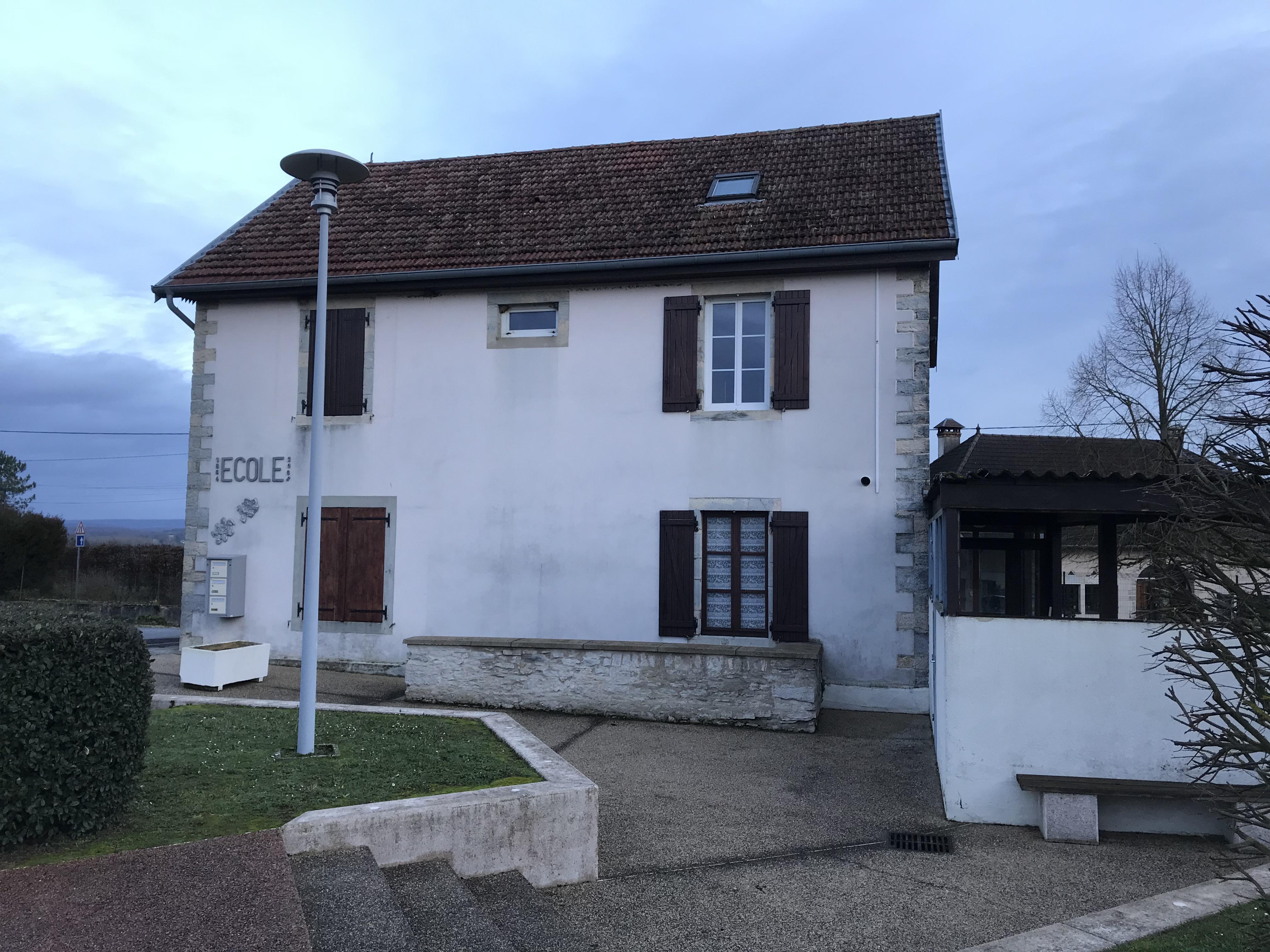 La Maison Du Bois Clairvaux la barre, jura - wikipedia