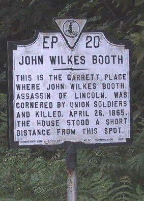 The Historic Site marker on U.S. Route 301 near Port Royal, where the Garrett barn and farmhouse once stood in what is now the highway's median (2007) Jwb farm.jpg
