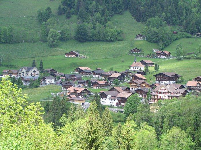 Blick auf das Dorf Kiental