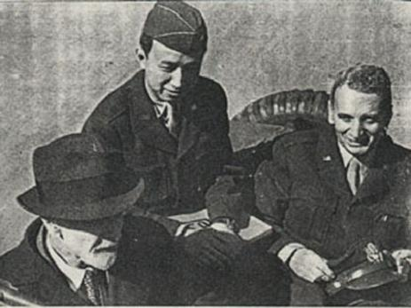 Left to right: Ludwig Prandtl (German scientist), Hsue-Shen Tsien, Theodore von Karman. Prandtl served Germany during World War II; von Karman and Tsien served the United States; after 1956, Tsien served China. Tsien's overseas cap displays his temporary U.S. Army rank of colonel. Prandtl was von Karman's doctoral adviser; von Karman in turn was Tsien's. Left-right Ludwig Prandtl, Theodore Von Karman, Tsien Hsue-sen.jpg