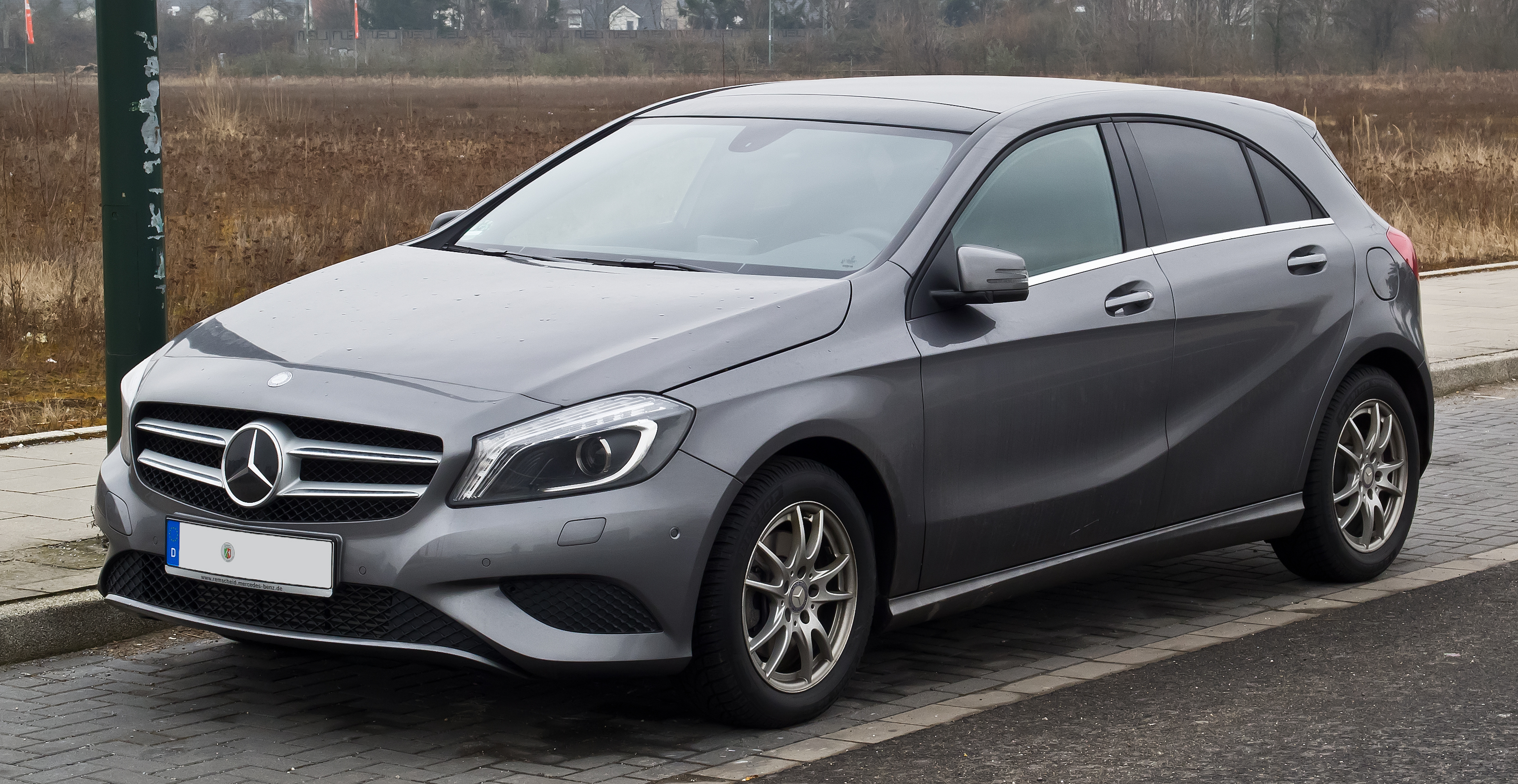 file mercedes benz a 180 blueefficiency urban w 176