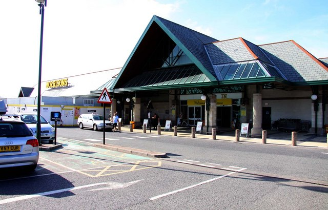 File:Morrisons superstore in Bude - geograph.org.uk - 1460068.jpg