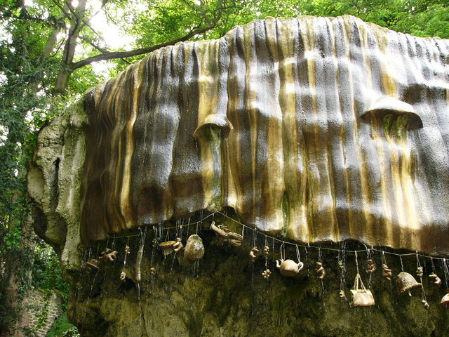 File Mother Shipton 39 S Cave Knaresborough Wikimedia Commons