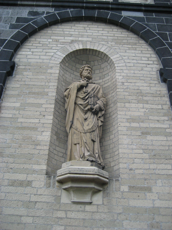 File Neuss Quirinus M 252 Nster Portal Rechts Statue Apostel