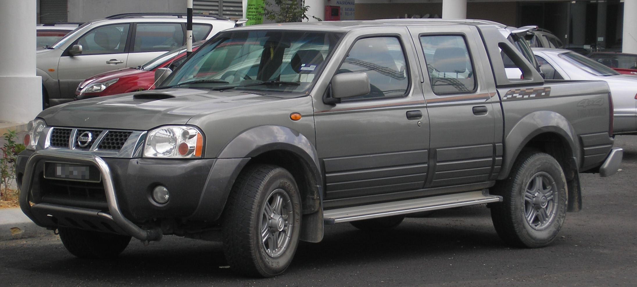 File Nissan Frontier First Generation First Facelift