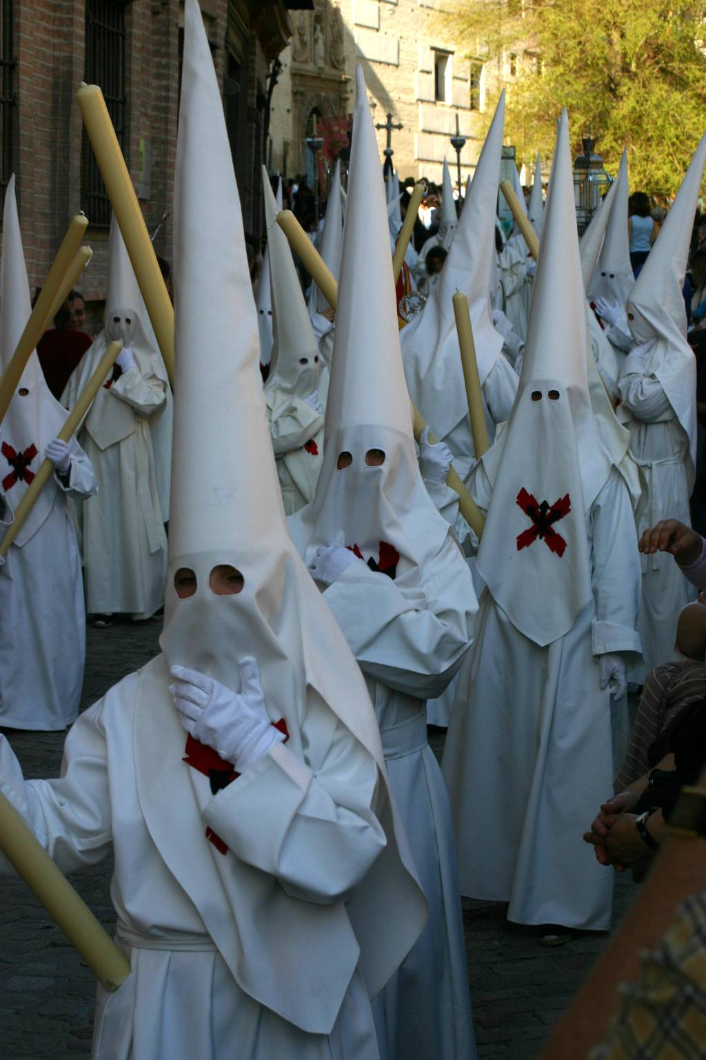 Not what you may think - these are nazarenos (hooded penitents) in the Holy Week parade in Granada (IMG 5519a).jpg