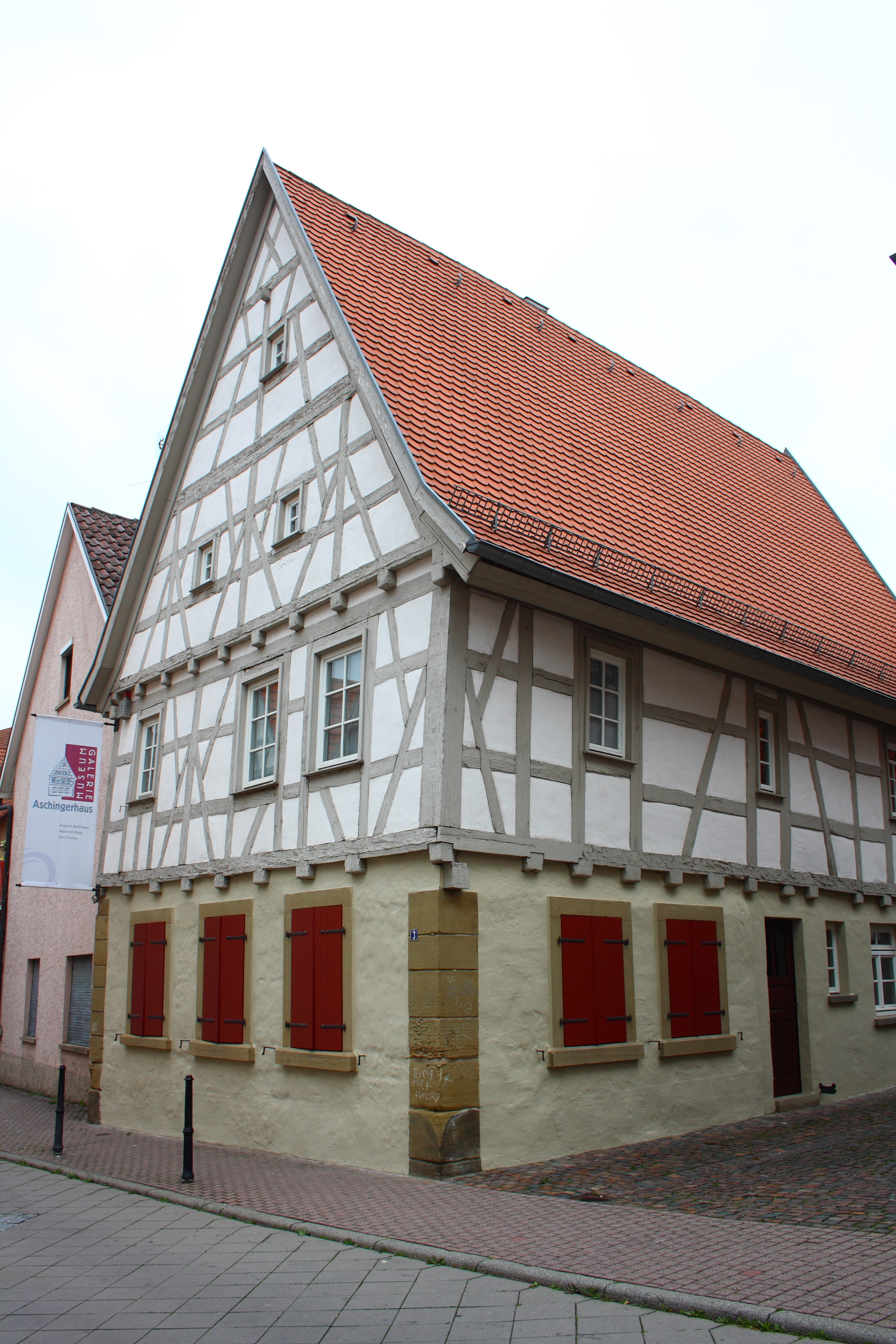 File:Oberderdingen Aschinger Haus 125.JPG - Wikimedia Commons