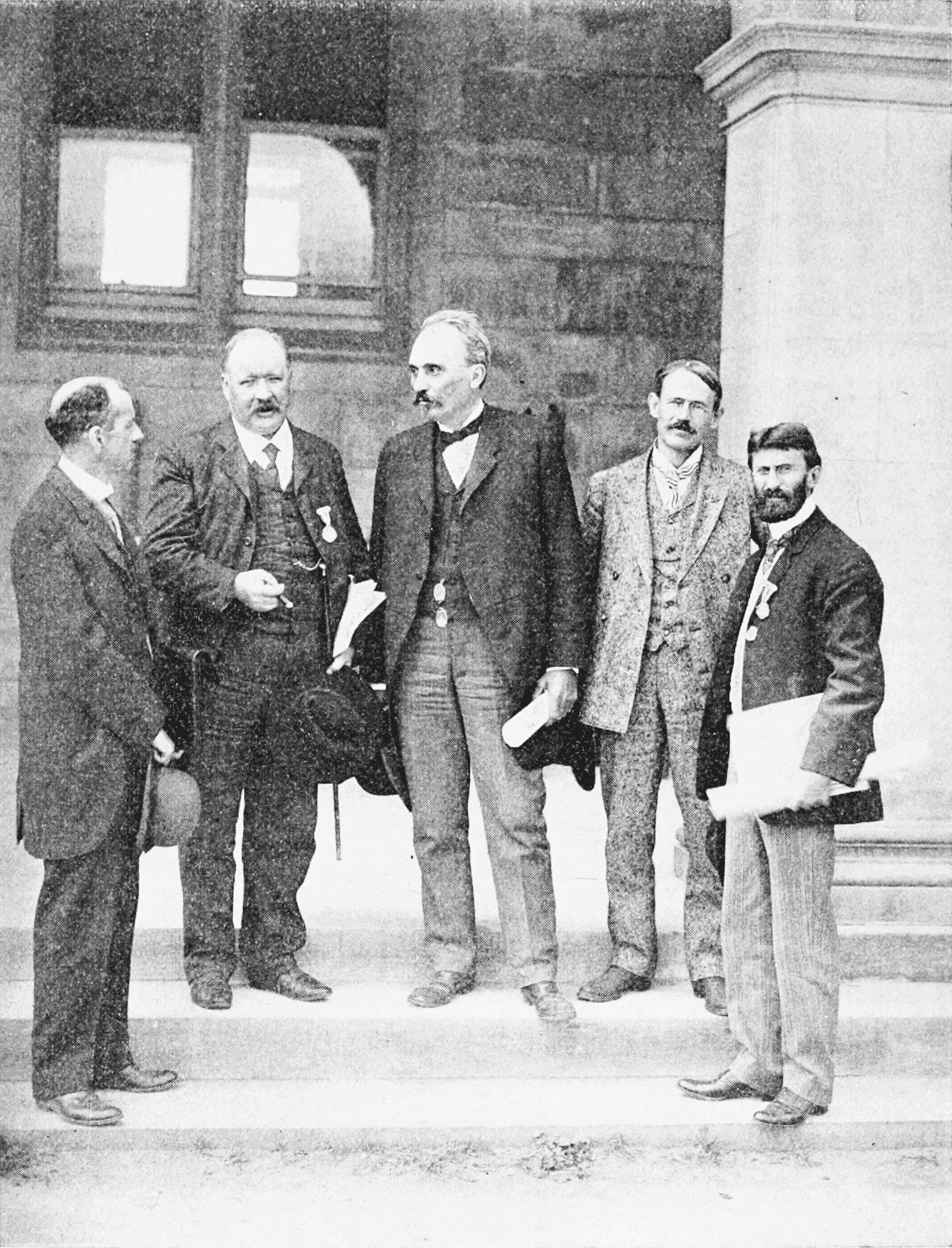 PSM V66 D018 Professors of the cosmical physics at the st louis congress.png