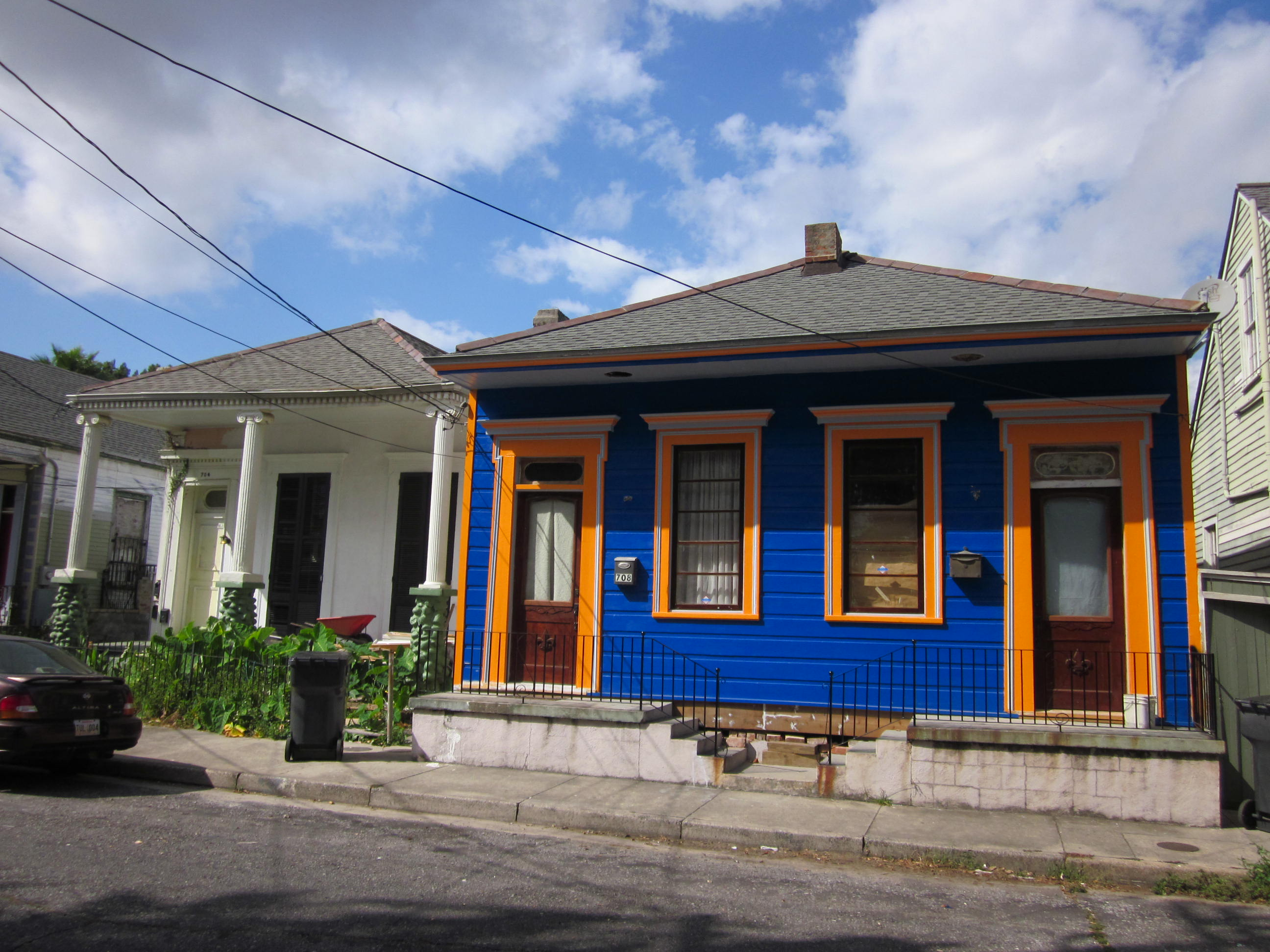 Colorful House file:piety bywater 700 block colorful house - wikimedia commons