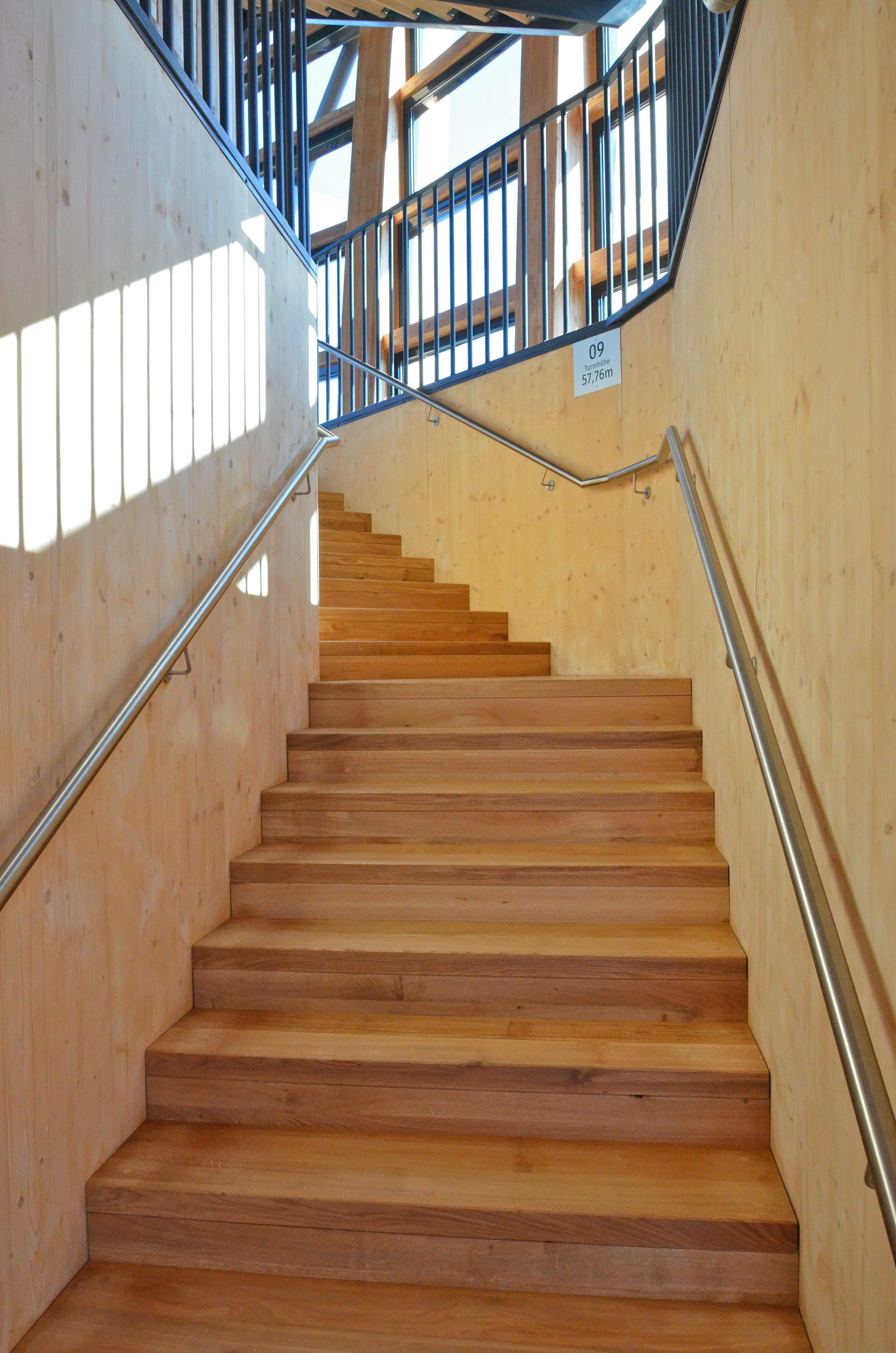datei pyramidenkogel aussichtsturm eichentreppe 21062013. Black Bedroom Furniture Sets. Home Design Ideas