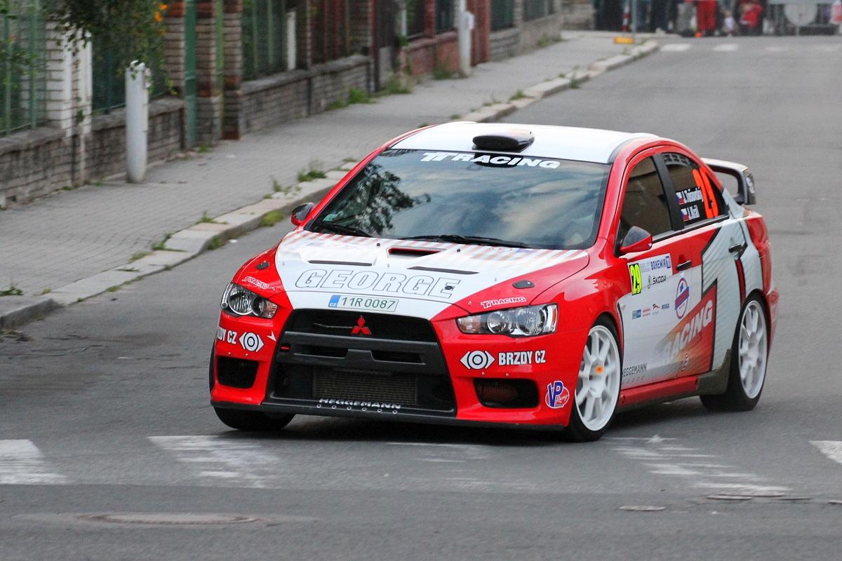 File:Rally Bohemia 2011 - Tošovský - Mitsubishi Lancer Evo X.jpg ...