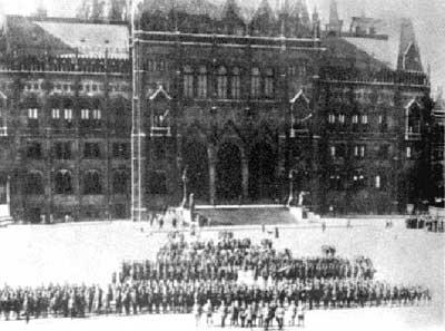 Imagini pentru trupele române la budapesta photos