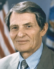 Rominger Official USDA Portrait.jpg