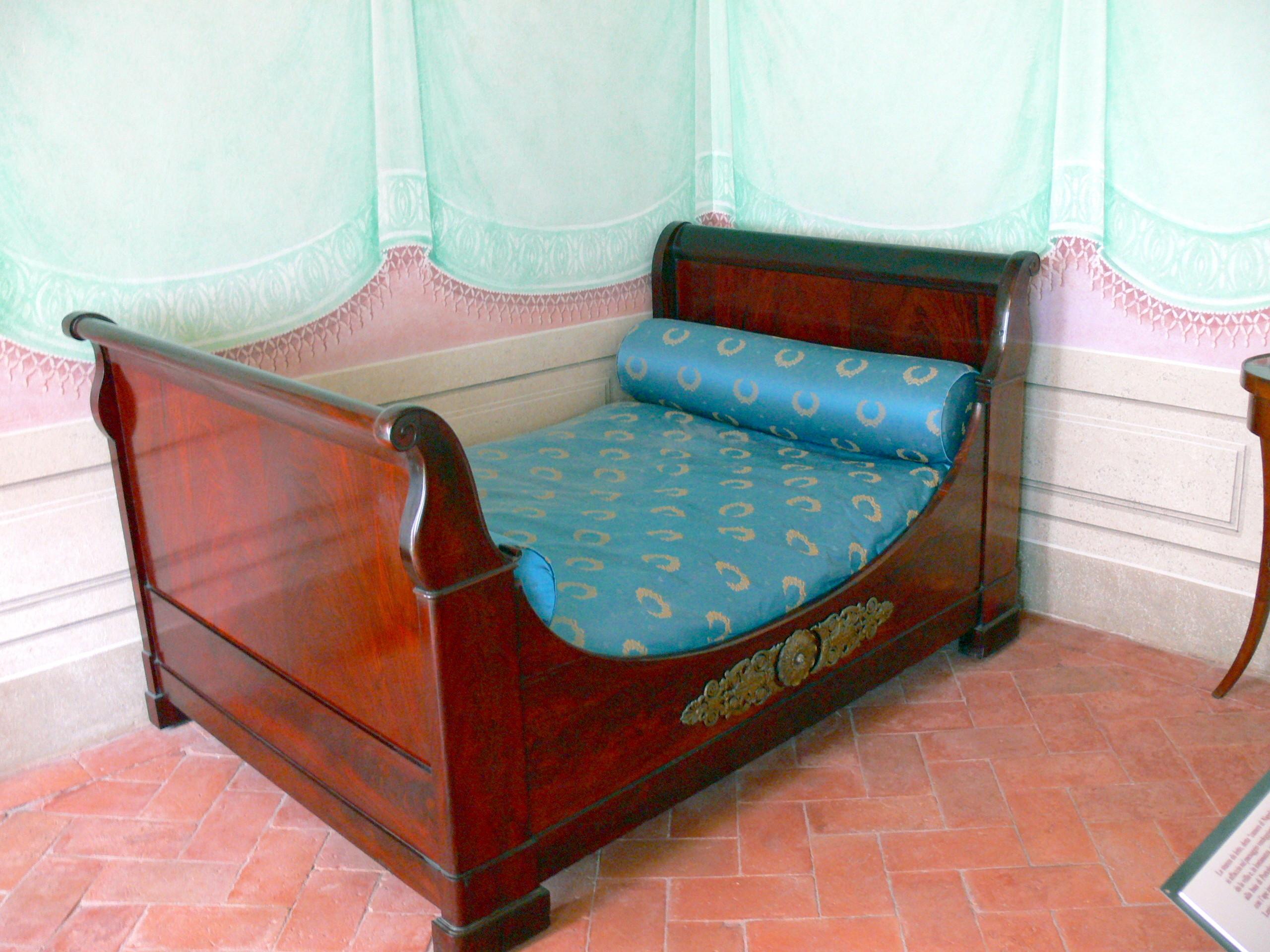 File:San Martino - Napoleons Haus Bett.jpg - Wikimedia Commons