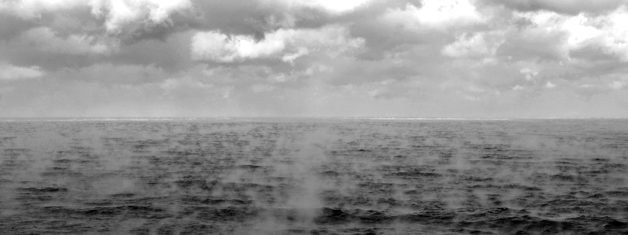 File:SeaSmoke.jpg - Wikimedia Commons | title
