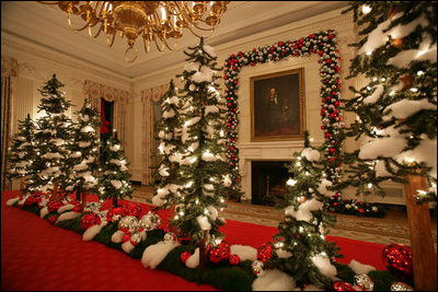 File:State Dining Room Christmas 2006.jpg