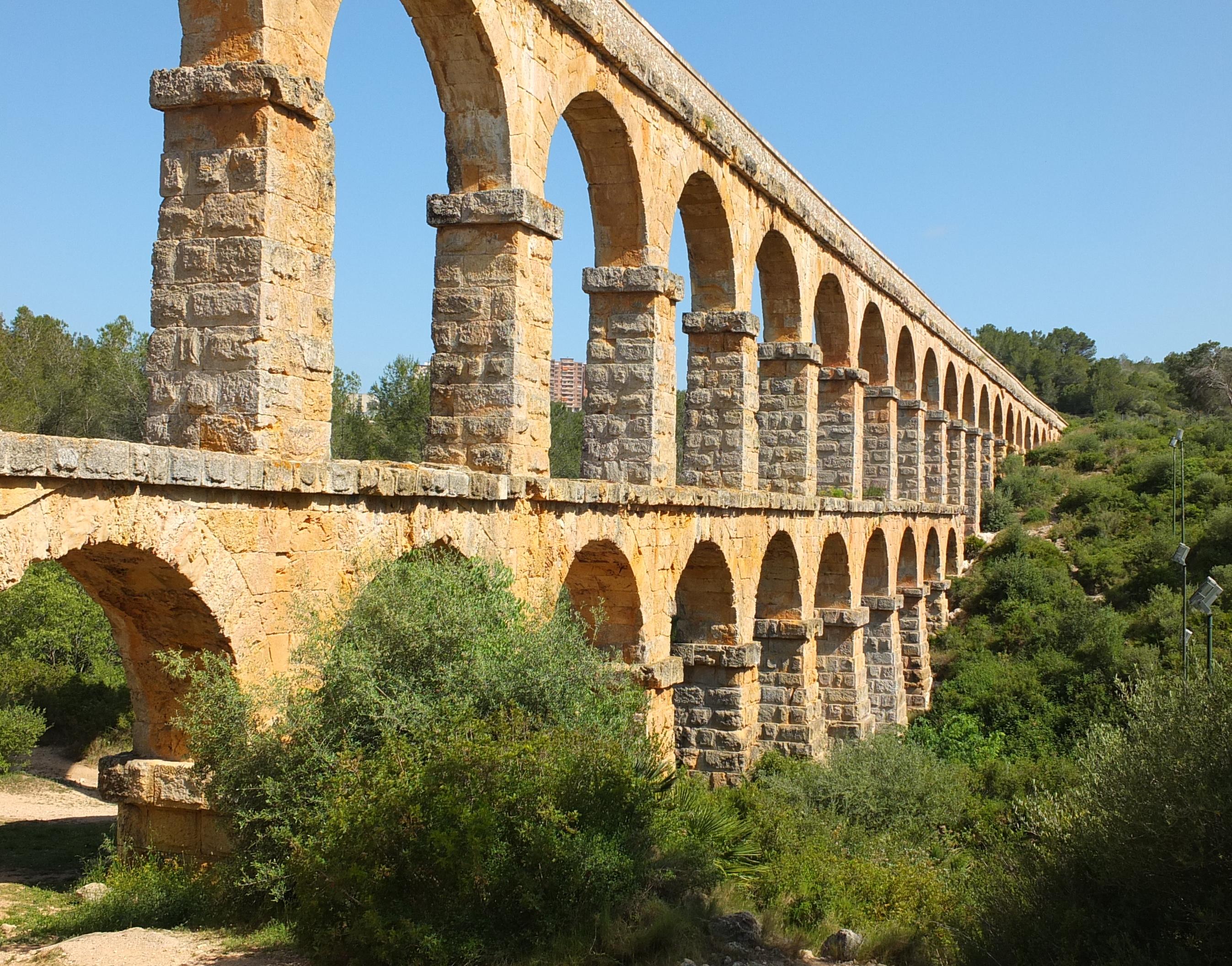 Les FerreresAqueduct
