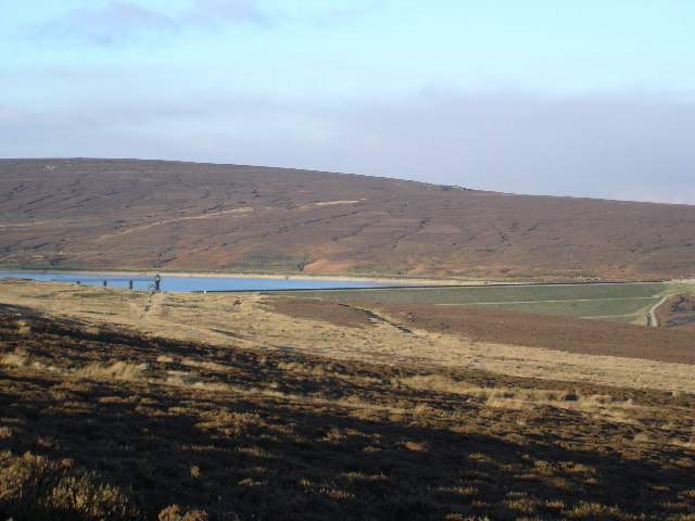 The retaining wall and Upper Barden Reservoir - geograph.org.uk - 80481