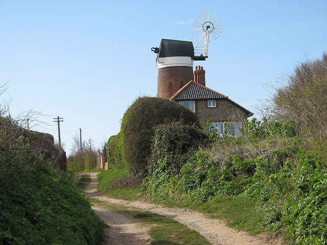 Track past Weybourne Mill - geograph.org.uk - 748892