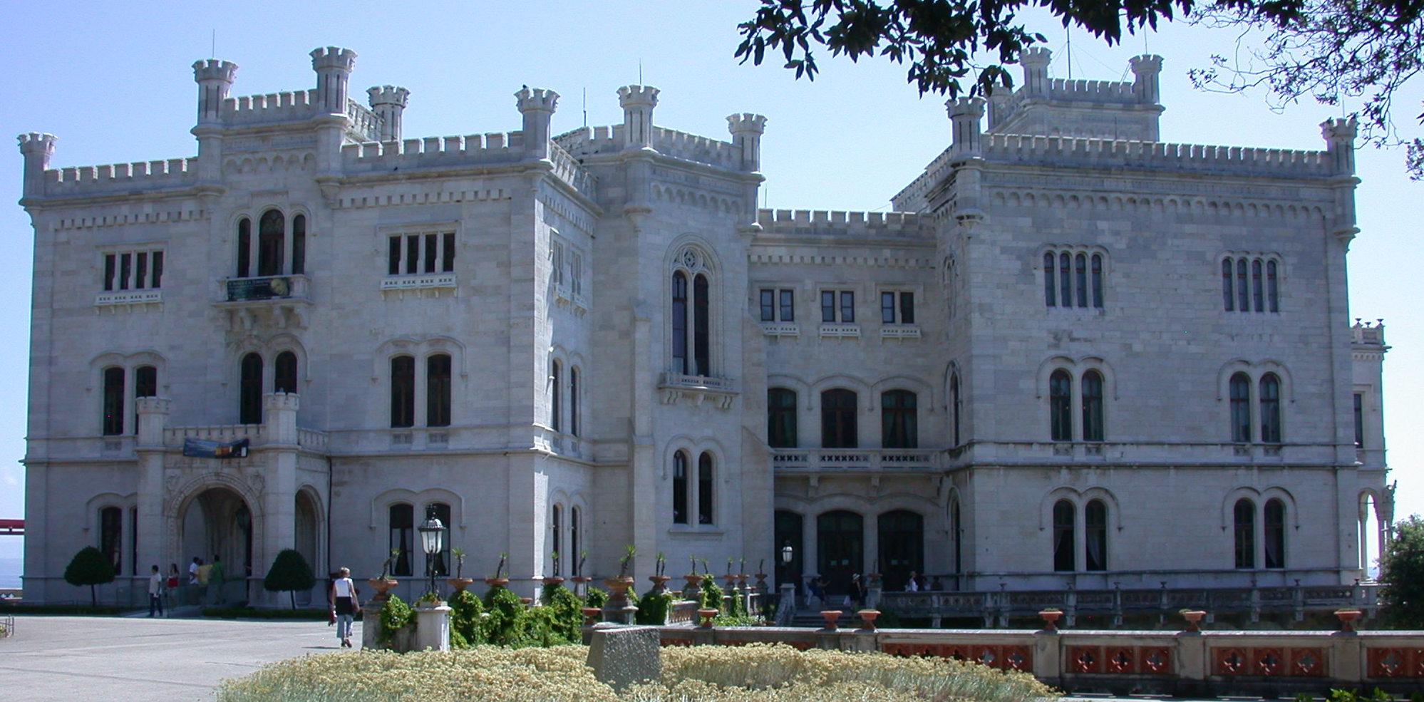 Trieste Castello di Miramare Foto File:trieste Castello di