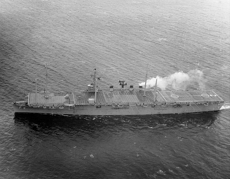 USS Wright (CC-2) underway on 17 June 1963 (NH 97620)