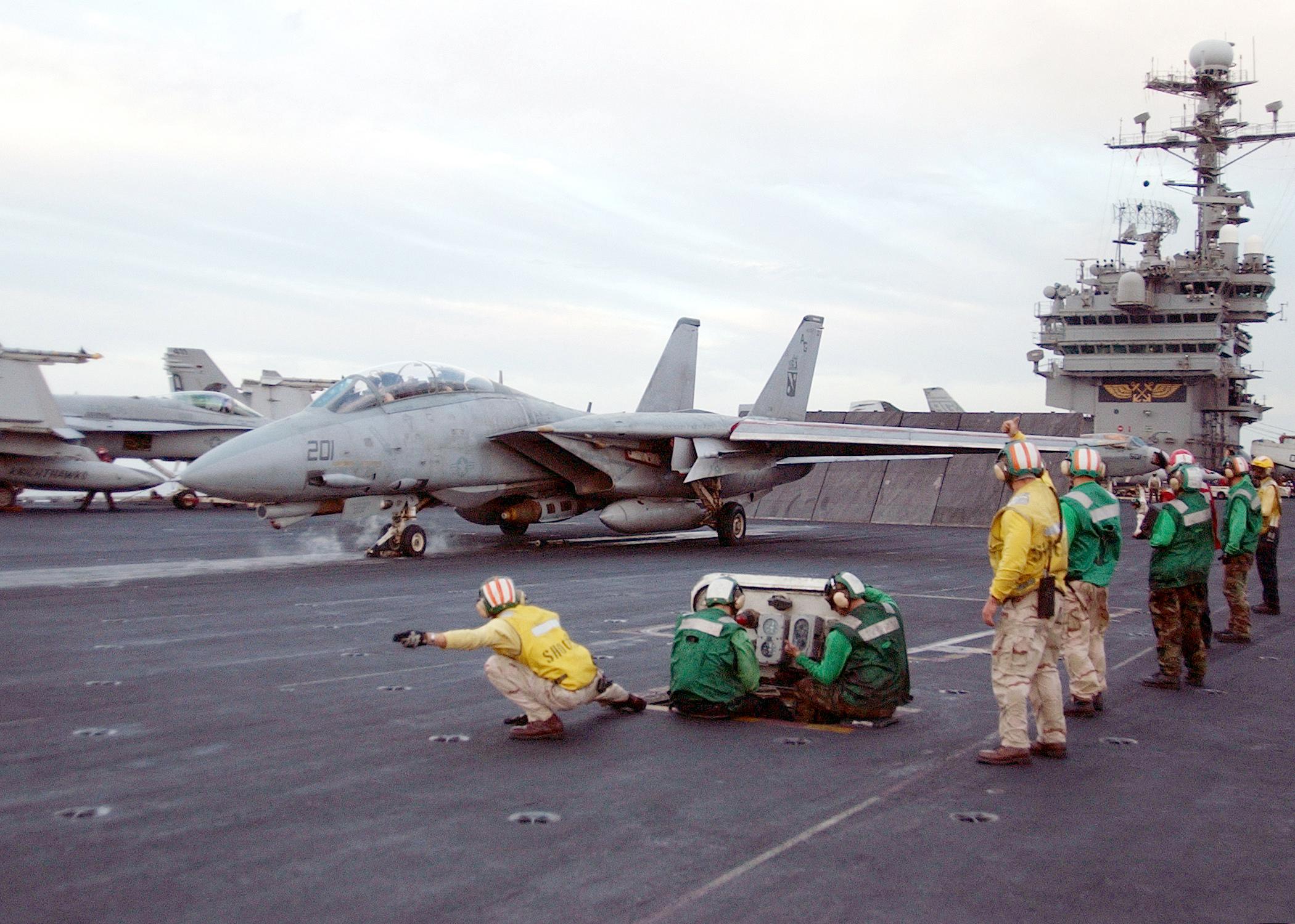 US_Navy_020319-N-6492H-516_F-14_Tomcat_readies_for_launch_aboard_USS_John_F._Kennedy.jpg