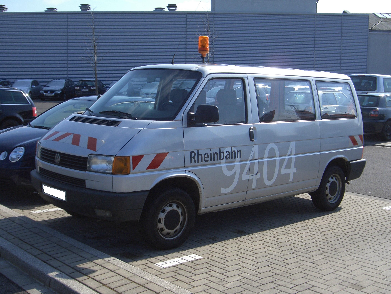 datei vw bus t4 1989 2003 duesseldorfrheinbahn frontleft. Black Bedroom Furniture Sets. Home Design Ideas