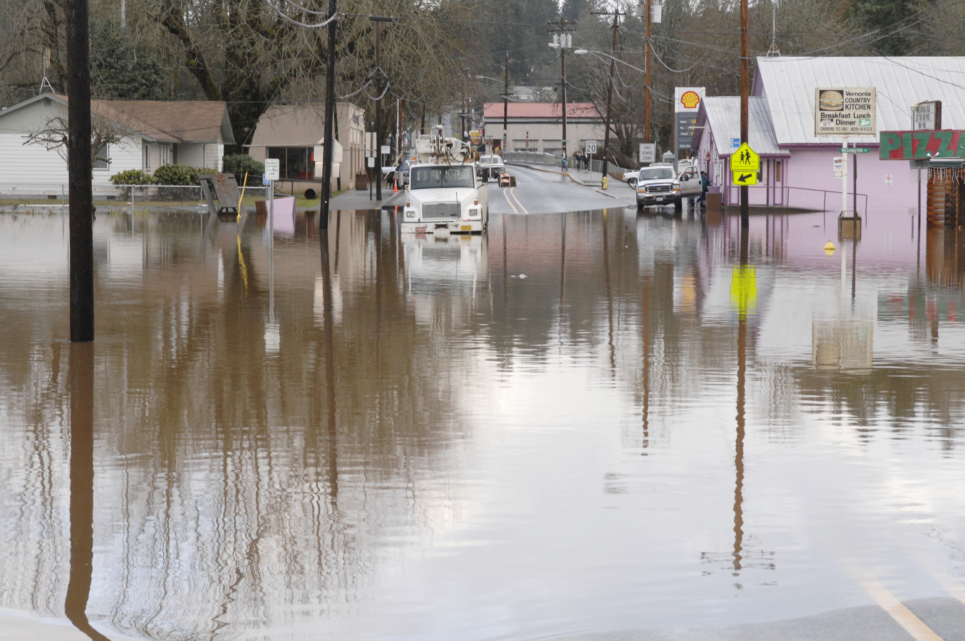 File Vernonia Oregon Flooding Dec 12 Jpg Wikimedia Commons