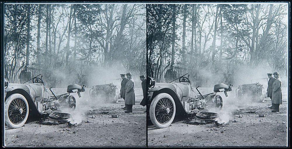 File:WW1 stereoviews - car crash! (3 of 3) (4994059548).jpg ...