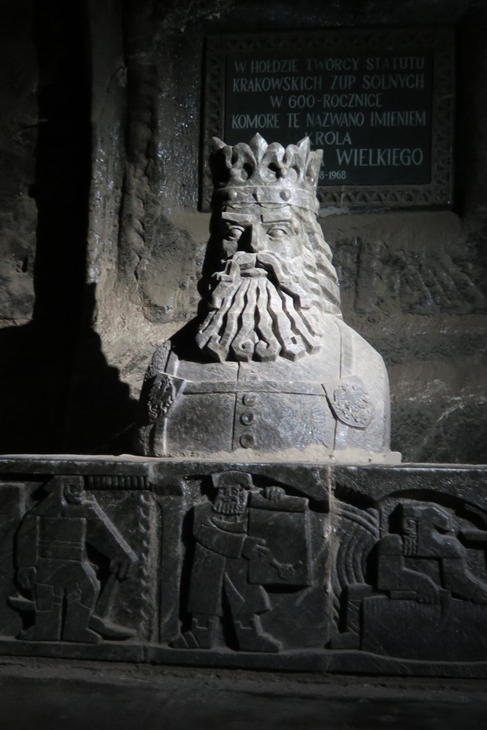 Statue de Roi Kazimierz le Grand dans la mine de sel de Wieliczka près de Cracovie - Photo de Fraxinus2.