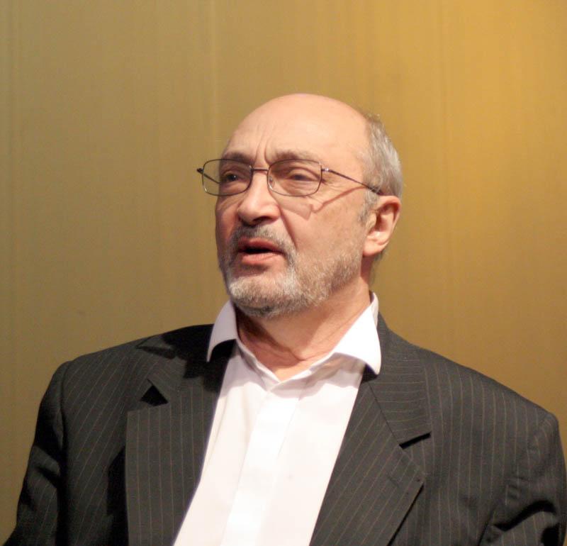 Михаил Козаков в Саратове.jpg