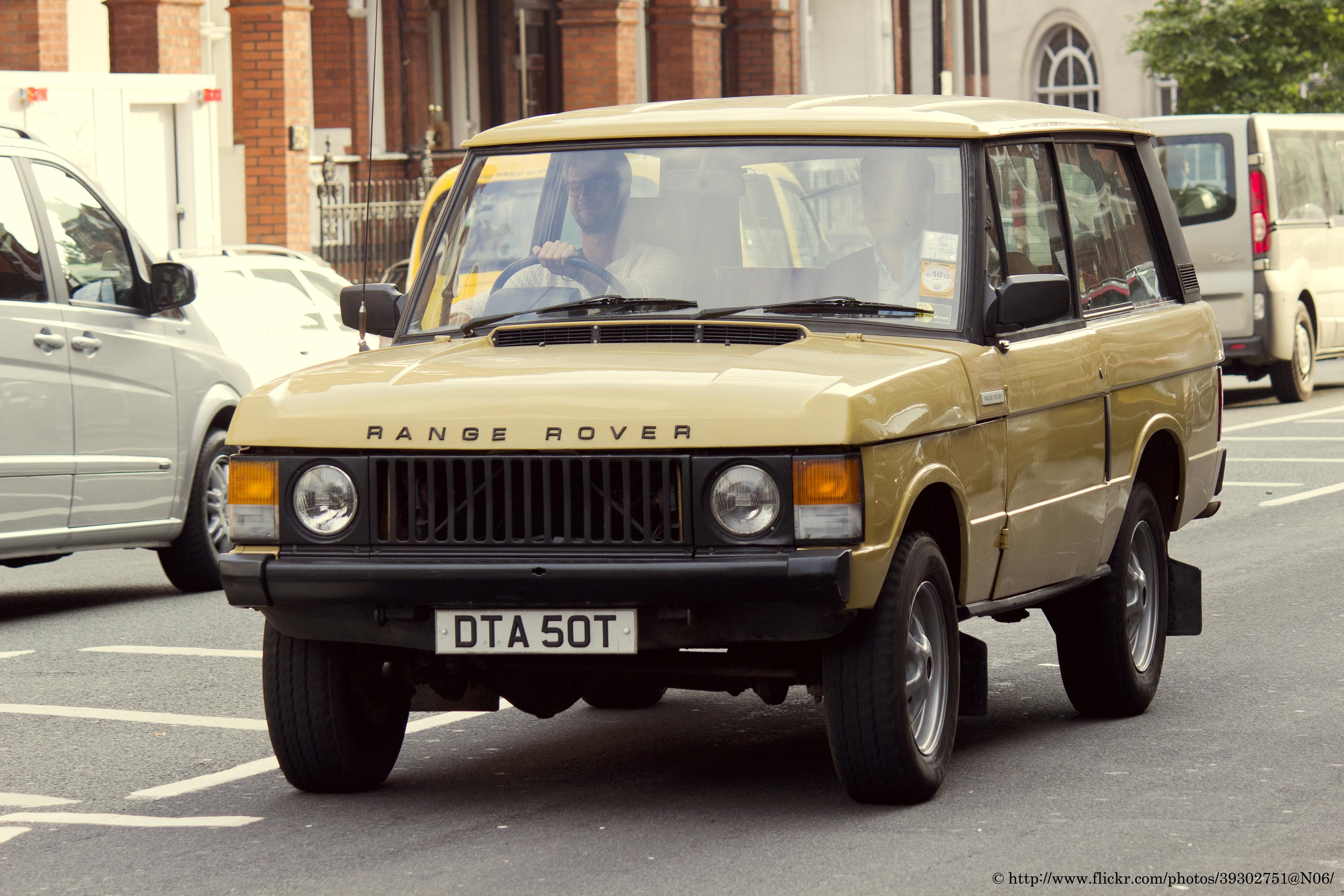 1979_Land_Rover_Range_Rover_%28910665338