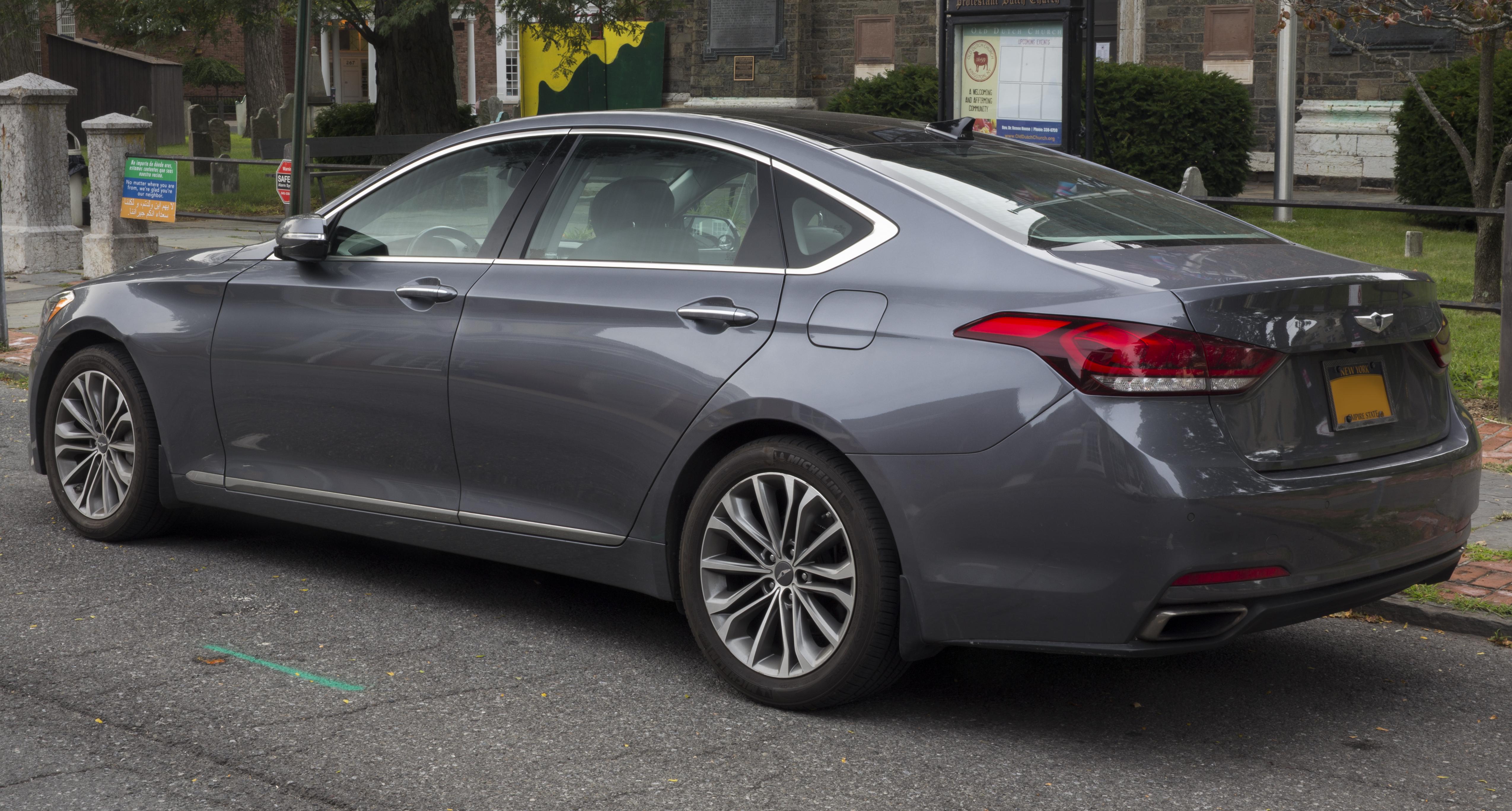 File 2015 Hyundai Genesis 3 8 Awd In Urban Grey Metallic Rear Left Jpg Wikimedia Commons