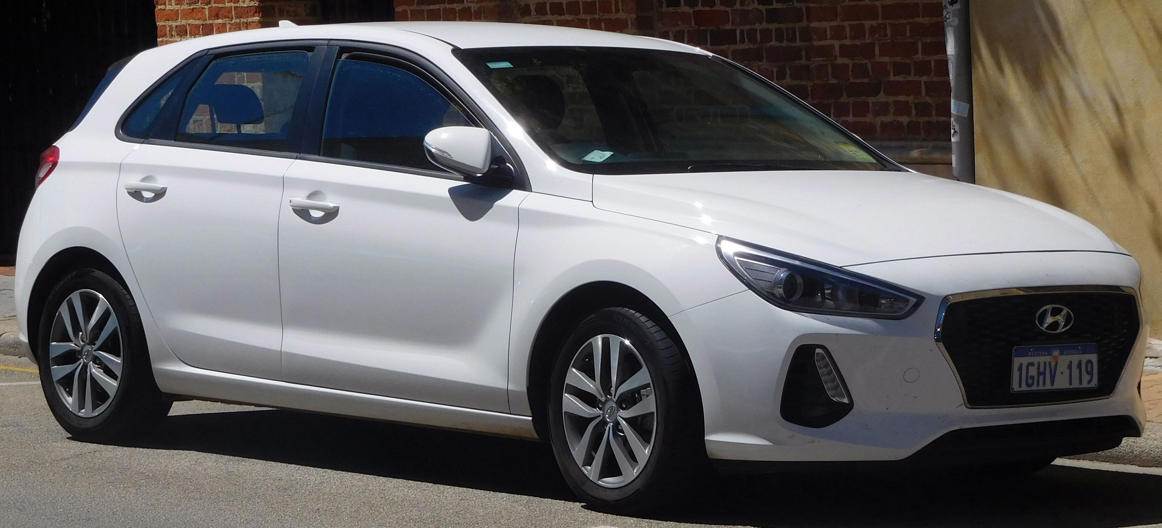 used touring h w buy hyundai fit auto elantra a crop shift car format
