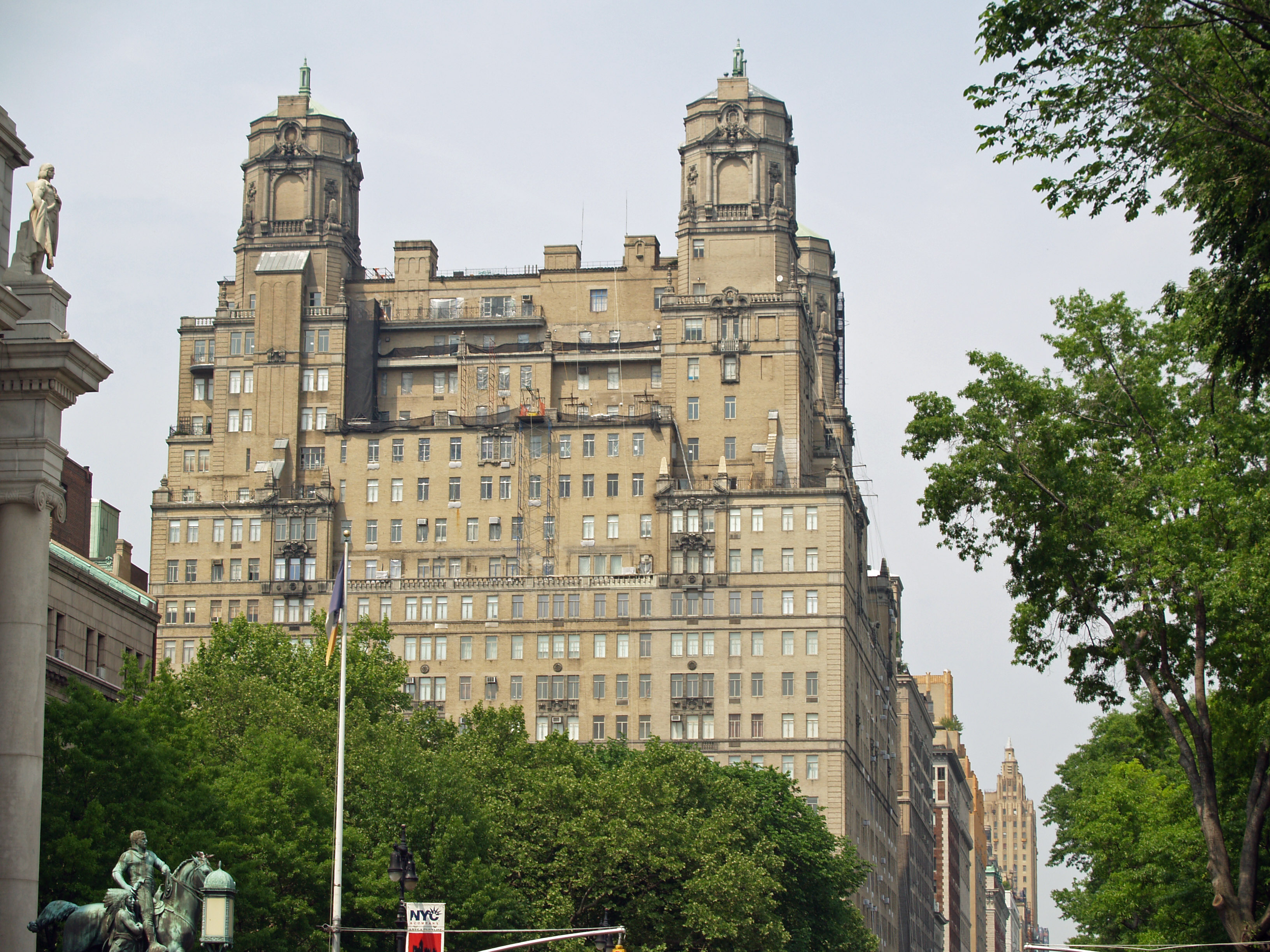 File 211 Central Park West The Beresford By David