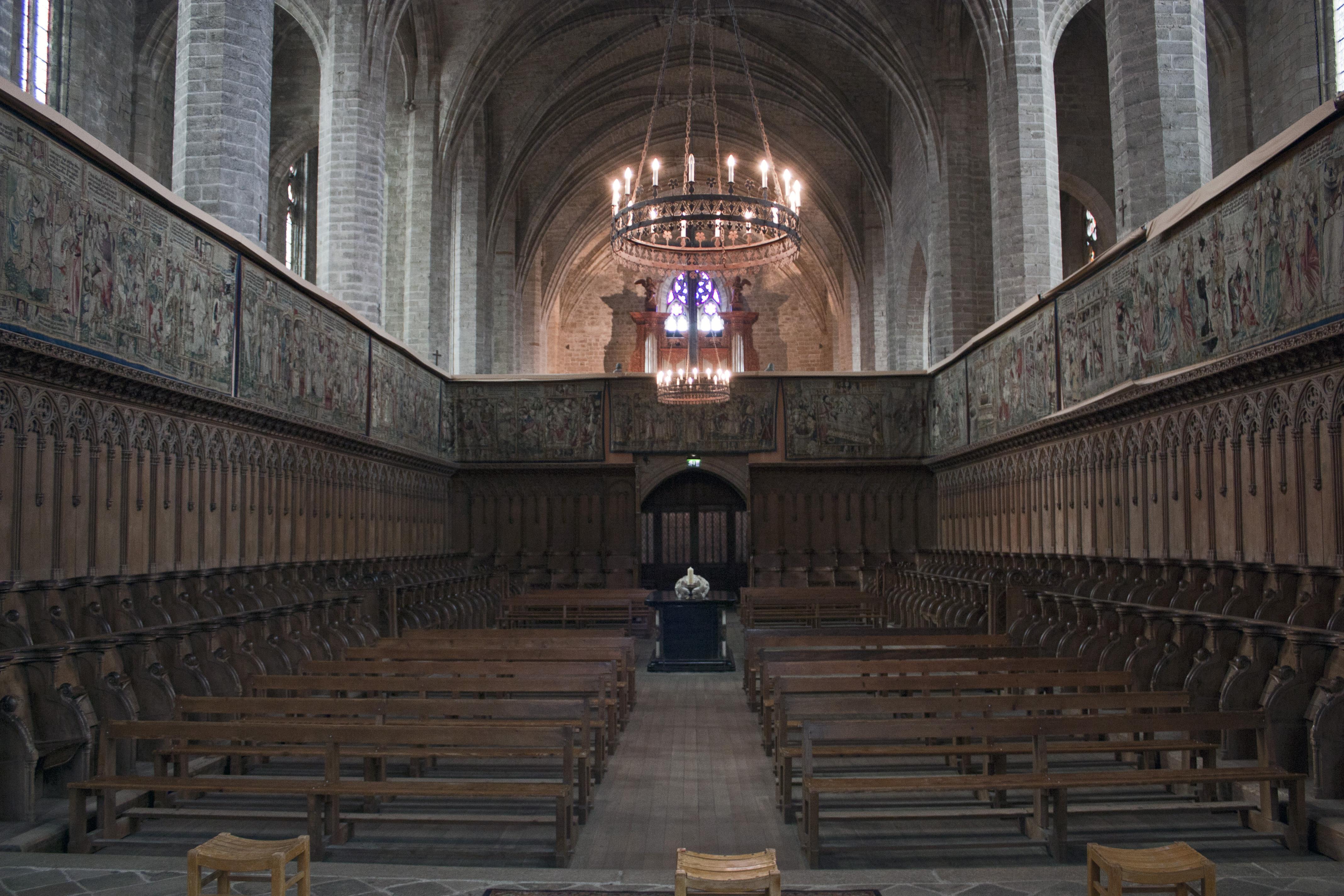 file abbaye saint robert de la chaise dieu ch ur monastique wikimedia commons. Black Bedroom Furniture Sets. Home Design Ideas