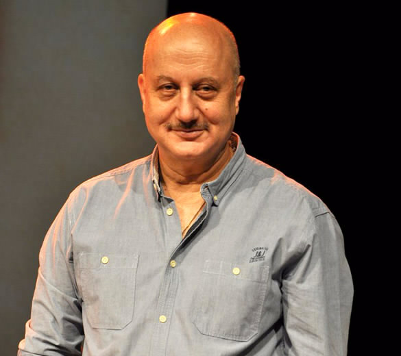 How Twitter Reacted On Anupam Kher Playing Manmohan Singh In The Accidental Prime Minister