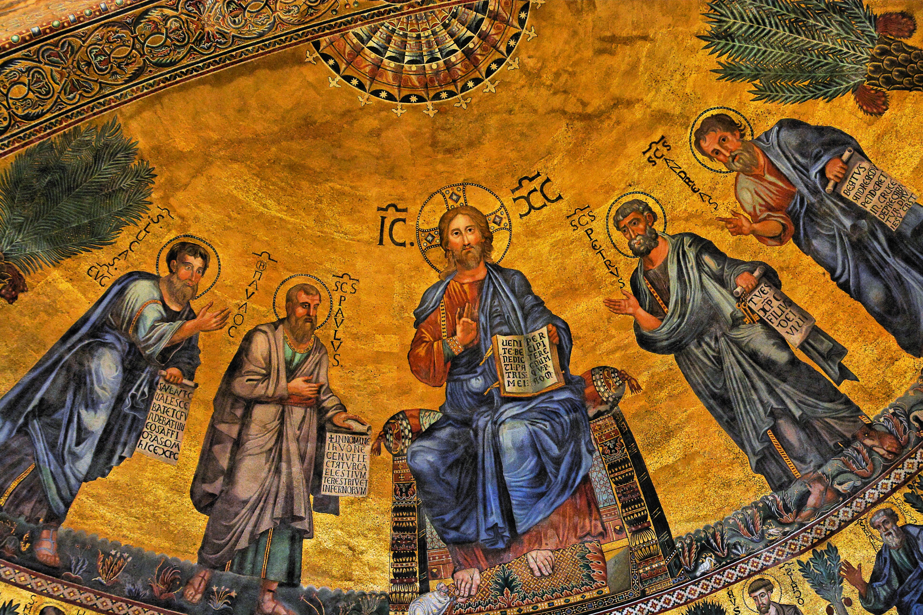 https://upload.wikimedia.org/wikipedia/commons/1/16/Apse_mosaic_of_the_Basilica_of_Saint_Paul_Outside_the_Walls.jpg