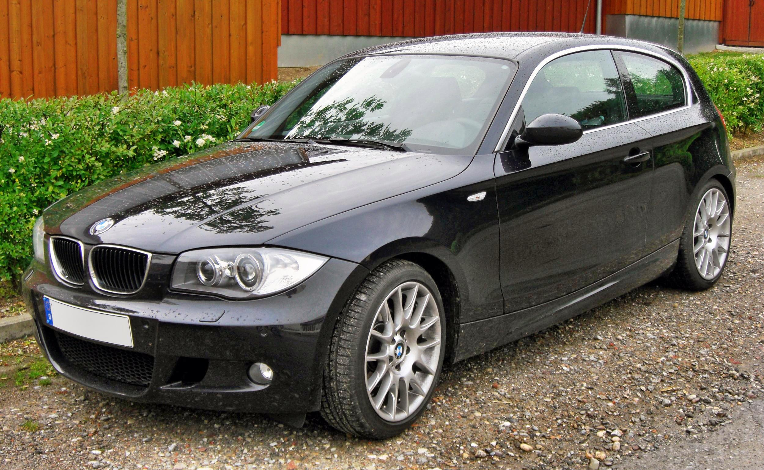 file bmw 120d m sportpaket facelift 20090615 front jpg wikimedia commons. Black Bedroom Furniture Sets. Home Design Ideas