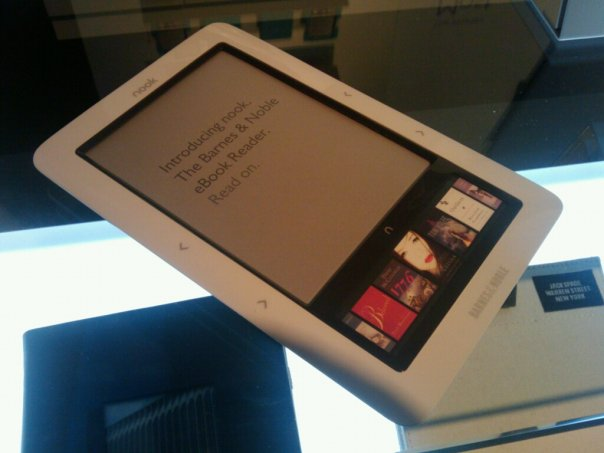 Barnes & Noble Adds Apps to Nook