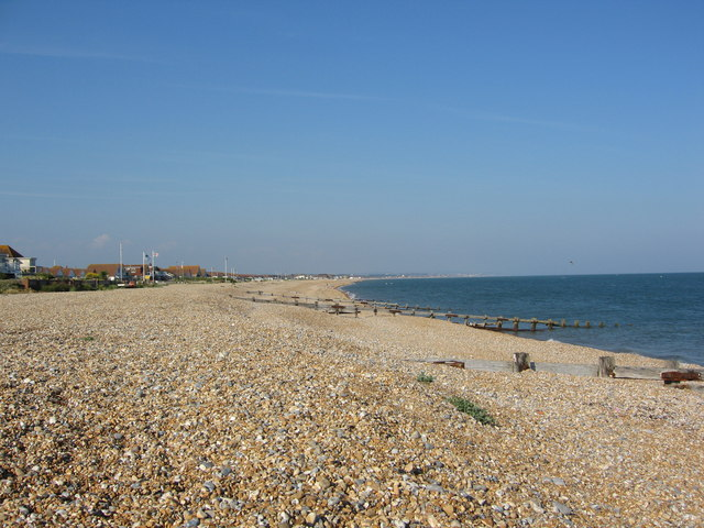 pevensey bay east sussex photos