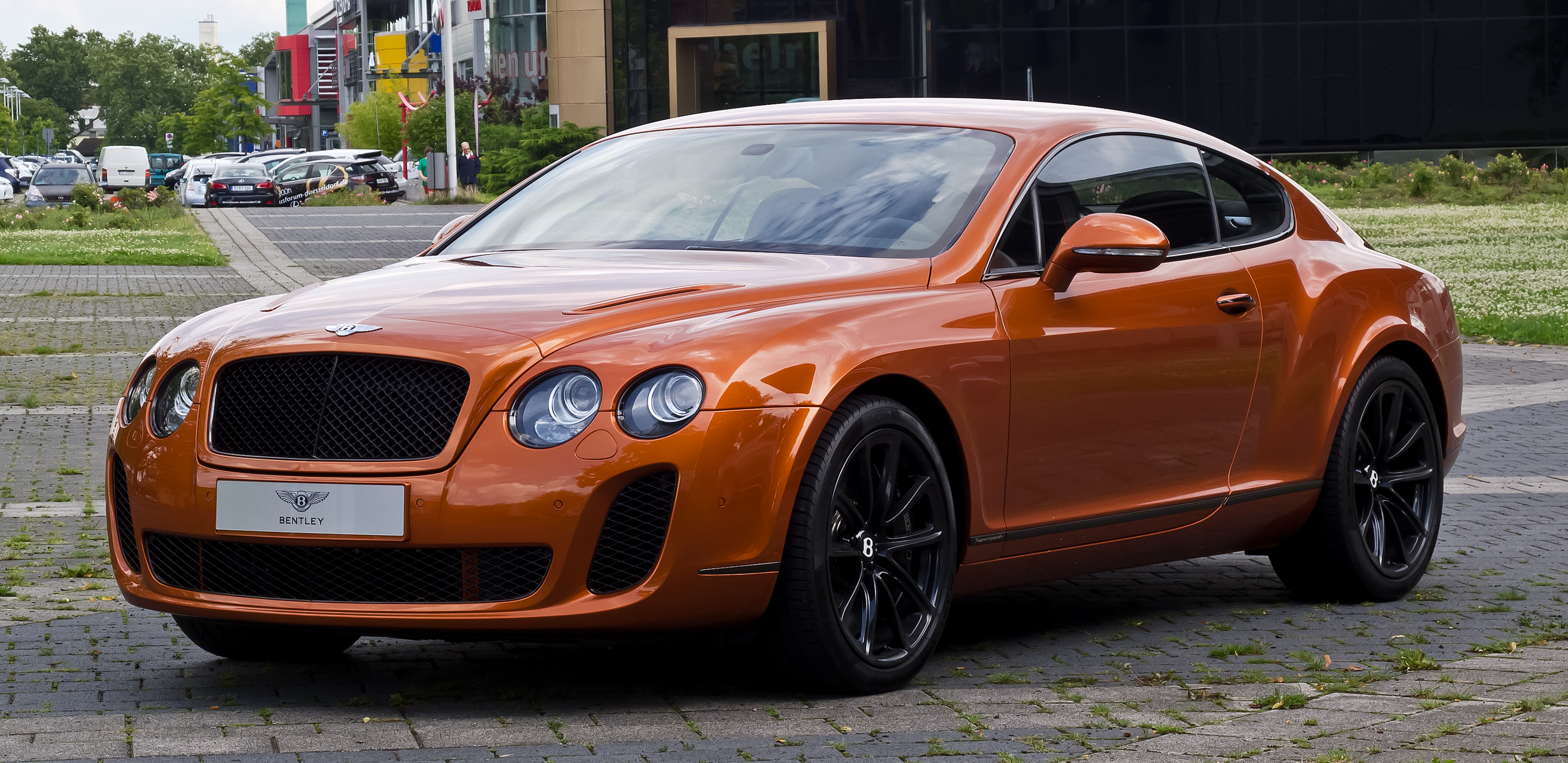 File:Bentley Continental Supersports U2013 Frontansicht (2), 18. Juli 2012,
