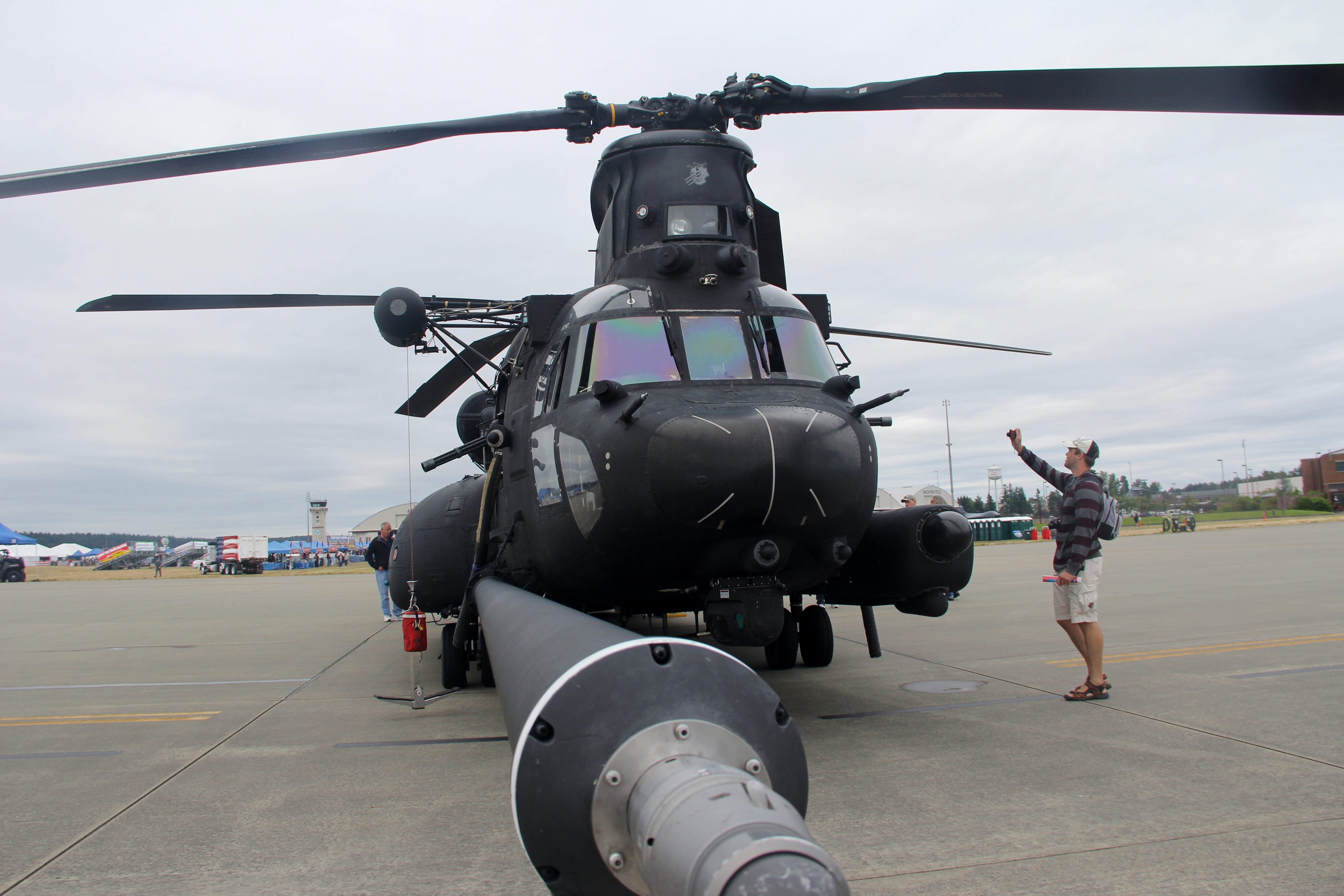 4 ch helicopter with File Boeing Mh 47g Heavy Assault Helicopter  7626820418 on Ch 47 Chinook Medium Lift Helicopter moreover The inpex award also Ch 53k King Stallion moreover D Foto 12 4 PHT3 3 moreover File BellCH 135TwinHuey135127.