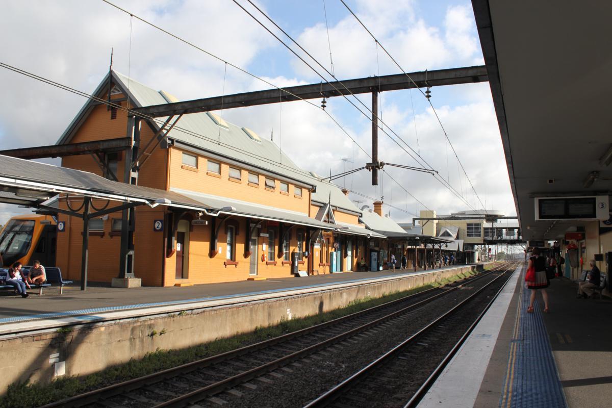 Leumeah Train Station Car Park